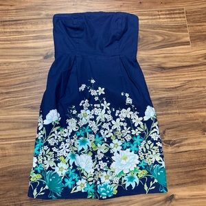 Old Navy blue strapless floral dress xs